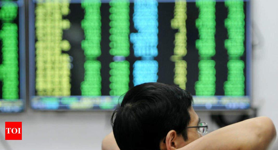 Замедление в Китае углубляется в августе; рост промышленного производства упал до 17-1 / 2 года