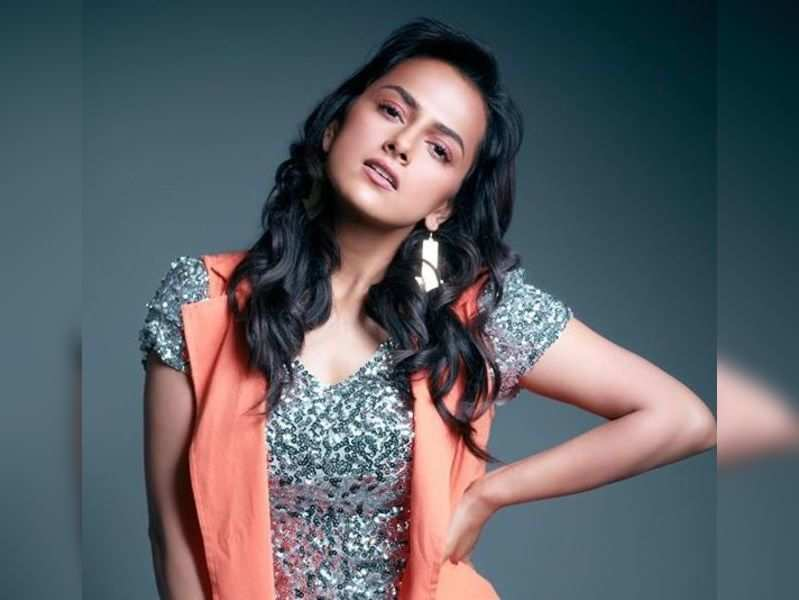 Shraddha Srinath to play female lead in Rudraprayag