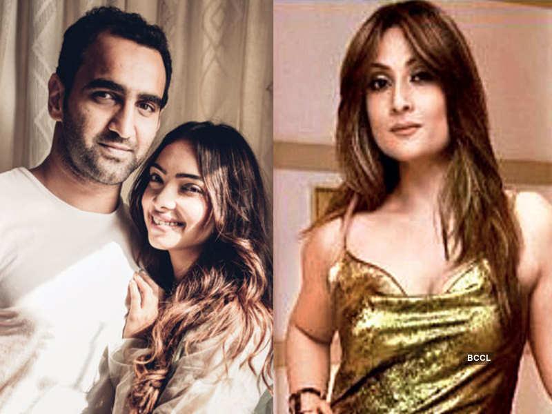 Pooja Banerjee with Sandeep Sejwal and Urvashi Dholakia