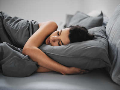 Sleeping for more or less than 7-8 hours can lead to THESE health problems