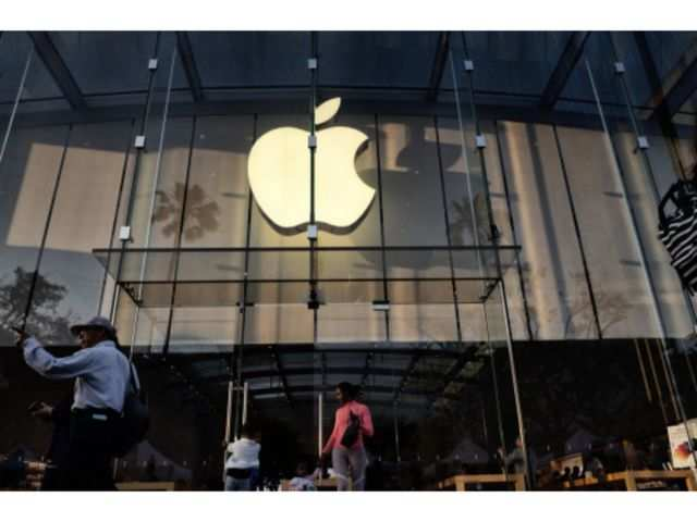 Apple's big $1 billion bet in India