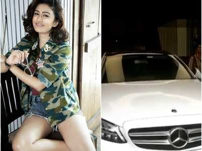 KHKT's Farnaz gifts a luxury car to herself
