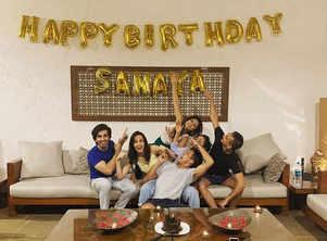 Sanaya's b'day outing with Mohit, Drashti