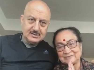 PM Modi touched by Anupam's mom's B'day wish