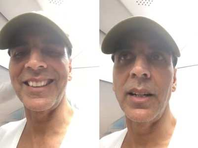 Watch Video: Akshay Kumar takes a Metro ride
