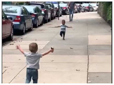 The video of these toddler BFFs running towards each other is going viral
