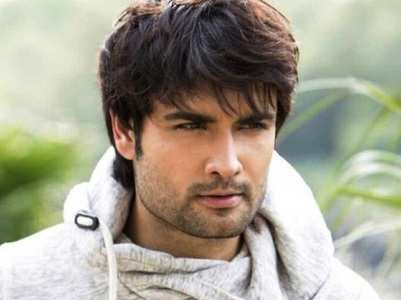 BB13: Vivian Dsena to be a part of the show?