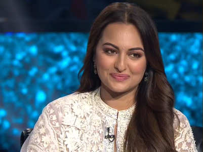 Sonakshi's reacts to #YoSonakshiSoDumb