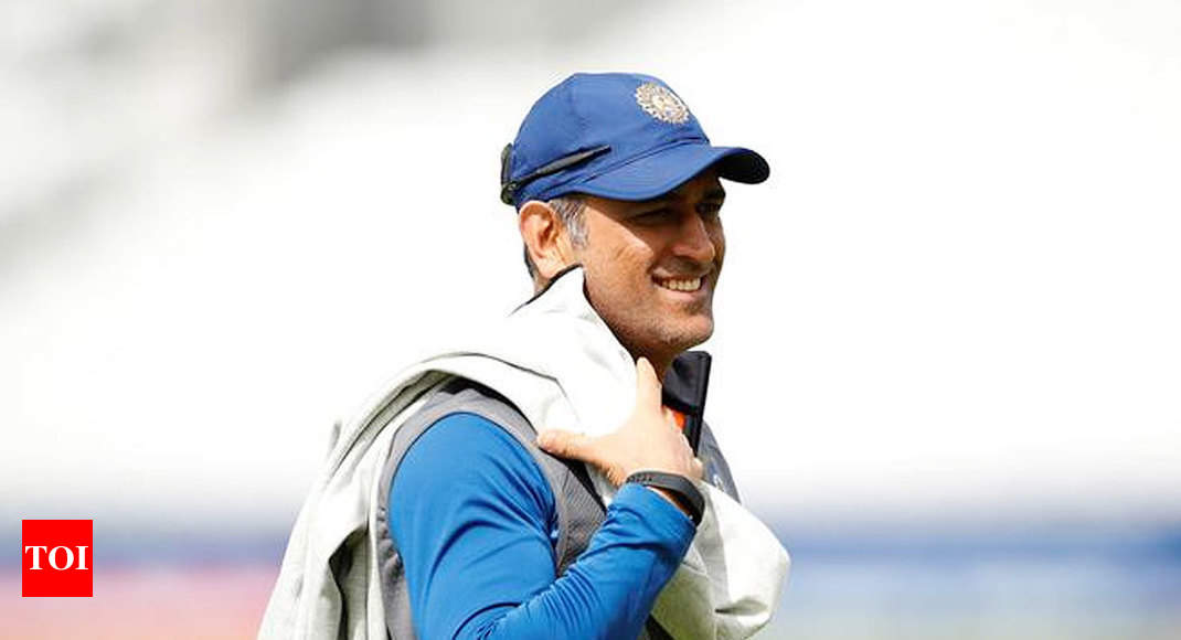 'The Art of Leaving': Will MS Dhoni get it right? -