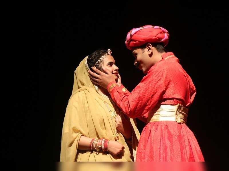 A theatrical tribute to the life Shankar –Raghunath Shah