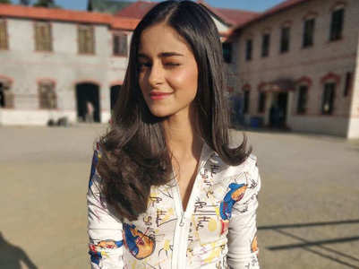 Watch: Ananya shows off her goofy side