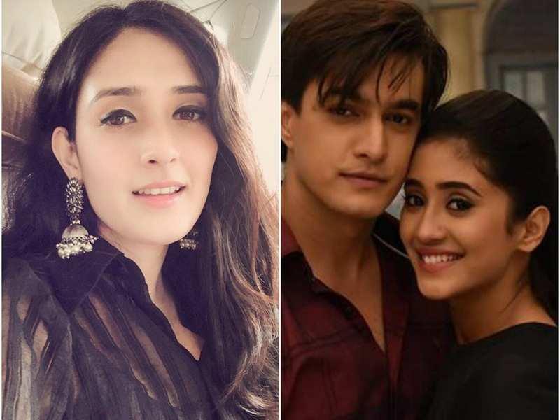 Yeh Rishta Kya Kehlata Hai's Pankhuri Awasthy aka Vedika posts new pic from Naira and Kartik's bedroom, fans get upset
