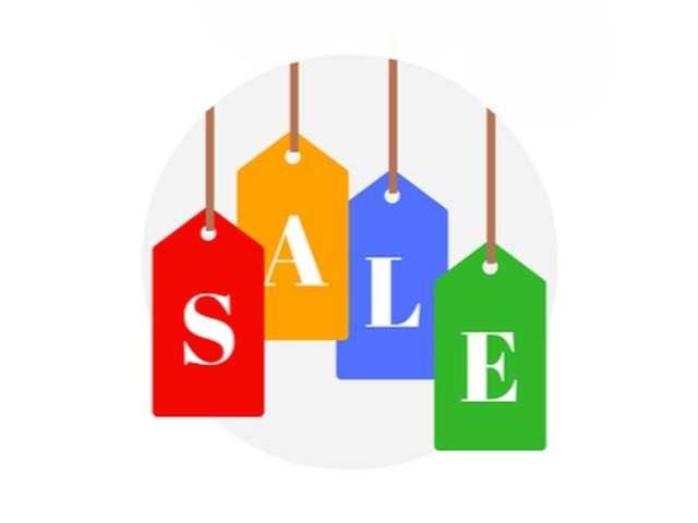 Flipkart and Amazon sales defy slowdown worries