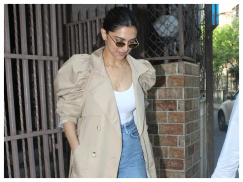 Deepika Padukone puts her fashion foot forward as she gets snapped outside a dubbing studio