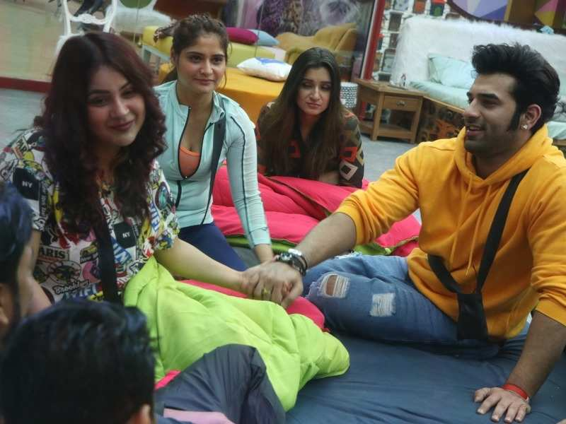Bigg Boss 13 Day 5 written update: Arti Singh reveals suffering from depression due to lack of work for 2 years