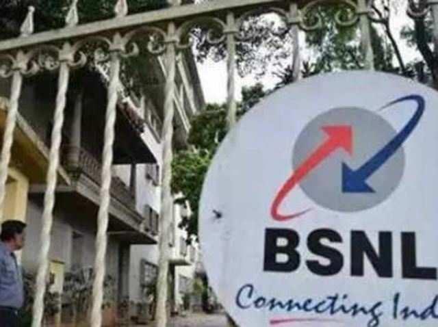Telecom vendors ask Ravi Shankar Prasad to make BSNL pay Rs 3,000 cr dues