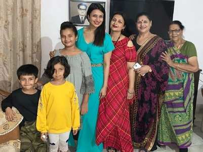 Divyanka shares family pic of 4 generations
