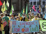 Climate change activists stage protest in Sydney and London