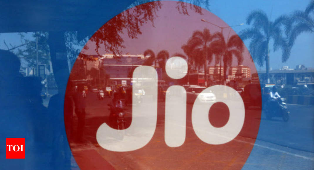 Jio begins charging for calls to other networks