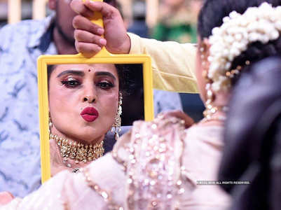HBD: When Rekha kissed other actors in public