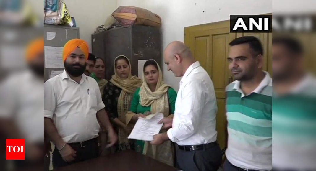 Jammu & Kashmir: Candidates file nominations for BDC elections in Kathua |  India News - Times of India