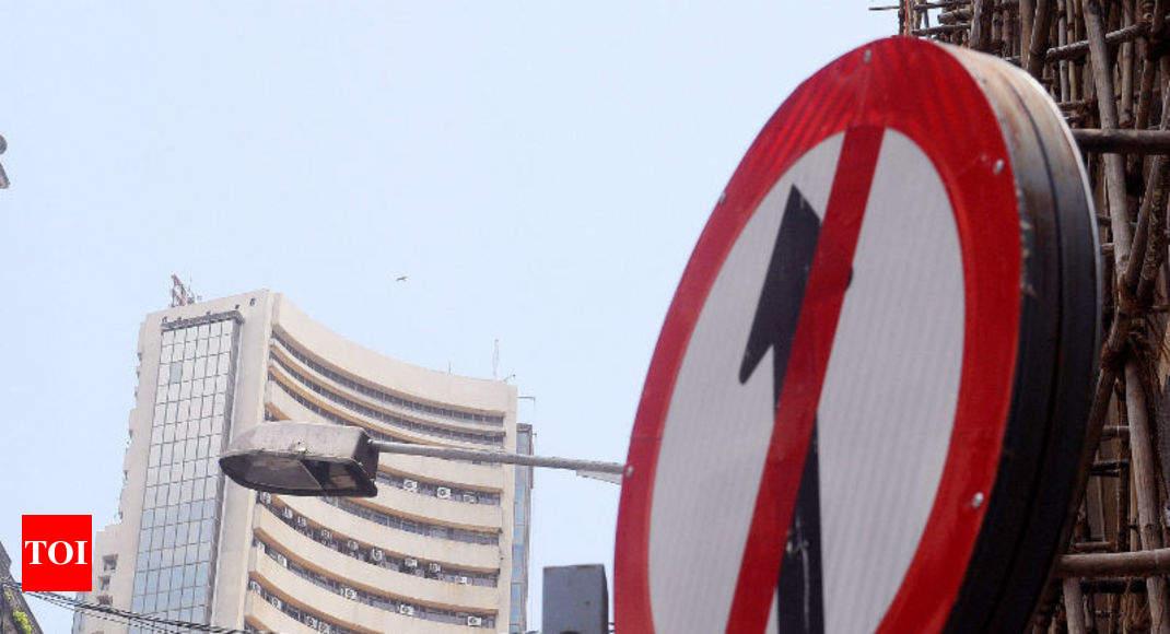 Sensex falls 297 points to close at 37,880; Nifty below 11,250 - Times of India thumbnail