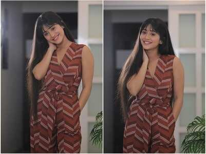 Shivangi looks alluring in brown jumpsuit
