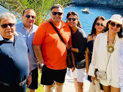 Watch: Rishi-Neetu sail away to Positano