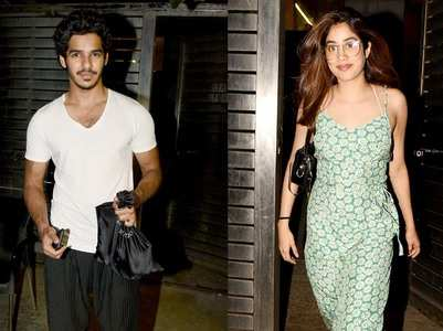 Ishaan - Janhvi snapped outside Zoya's house