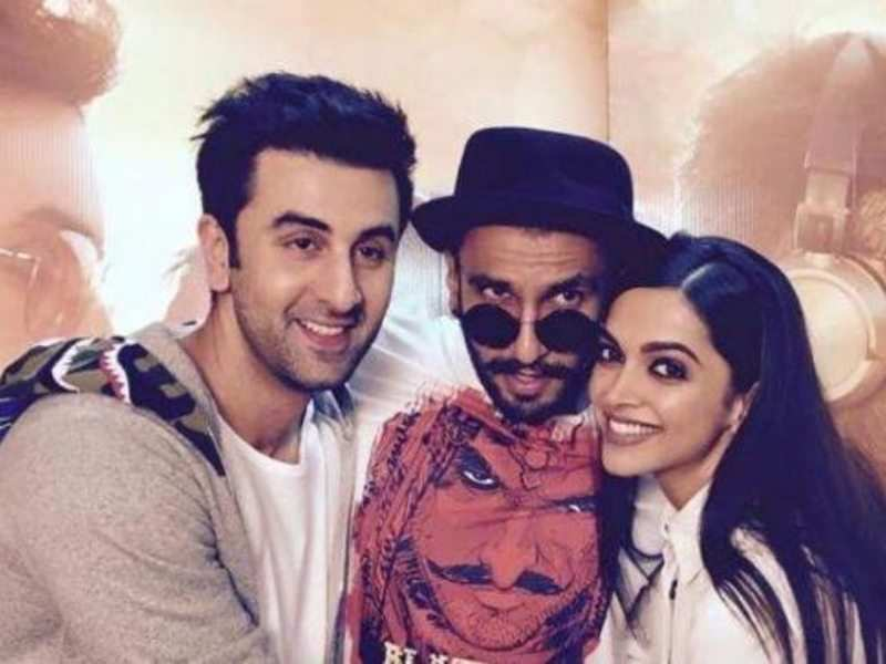 Here S What Deepika Padukone Feels Is The Difference Between Ranveer Singh And Ranbir Kapoor S Working Style Hindi Movie News Times Of India