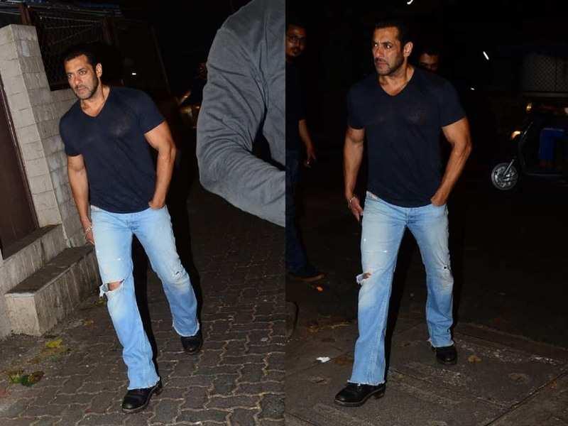 Salman Khan keeps it cool in casuals as