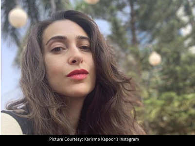 Karisma's messy hair selfie is all glamorous!