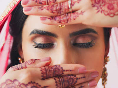 Make-up tips to glam up your look this Karwa Chauth