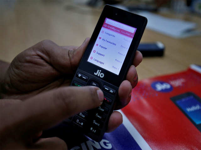 Reliance Jio adds 8.4 million users in August; Airtel, Vodafone Idea lose: Trai