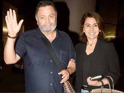 Rishi Kapoor steps out for a movie