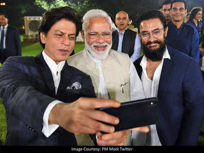 Selfie Time: SRK, Aamir, Kangana pose with PM