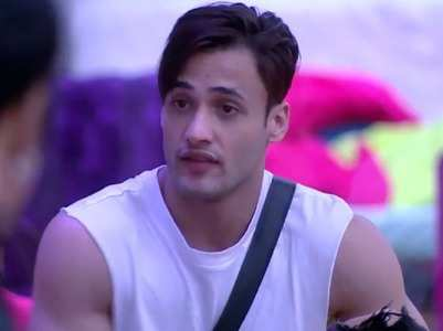 BB: Asim Riaz wins hearts during the task