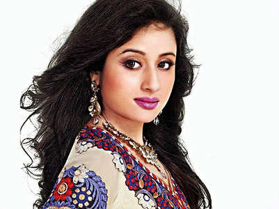 Paridhi, Aniruddh out of TV show overnight