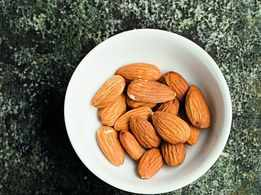 Almonds can help you keep wrinkles at bay, reveals study