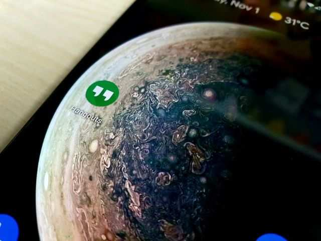 How to share your screen on Google Hangouts