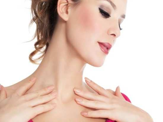 Home remedies that help in brightening the skin on your neck