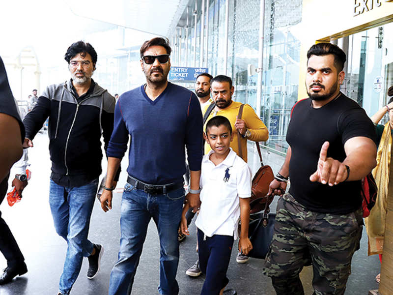 Ajay Devgn with son Yug at Lucknow airport (BCCL/ Aditya Yadav)