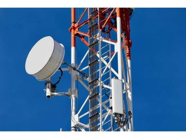 DoT holds talk with government panel on telecom crisis