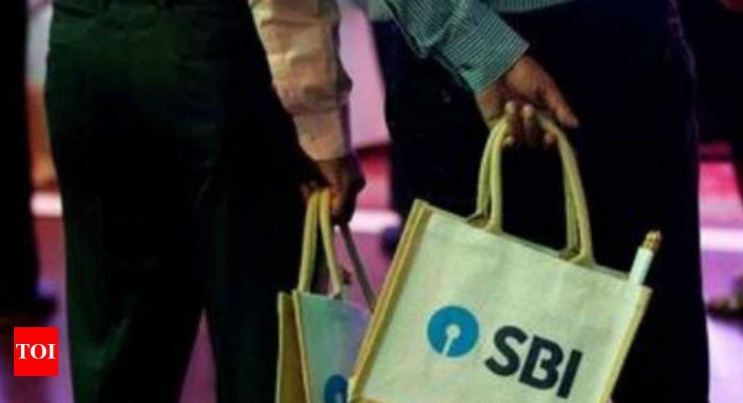SBI steeply slashes deposit rates; lowers lending rates marginally