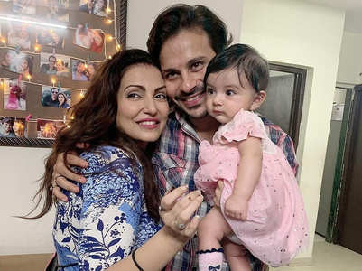 Navina celebrates bday with daughter-hubby