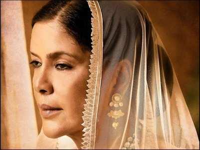 Arjun introduces Zeenat Aman's royal avatar