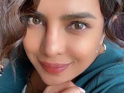 Pic: Priyanka has a radiant glow on her face