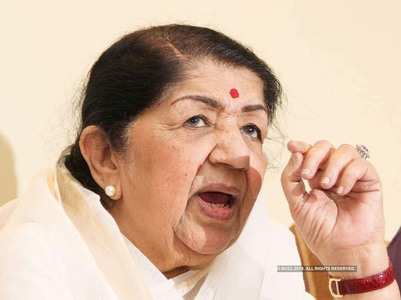 Lata Mangeshkar recovering after infection