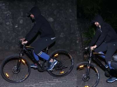 Photos: Hrithik goes on evening bicycle ride