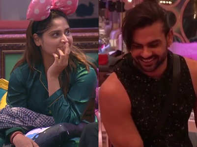BB13: Arti was asked to pair up with Vishal?